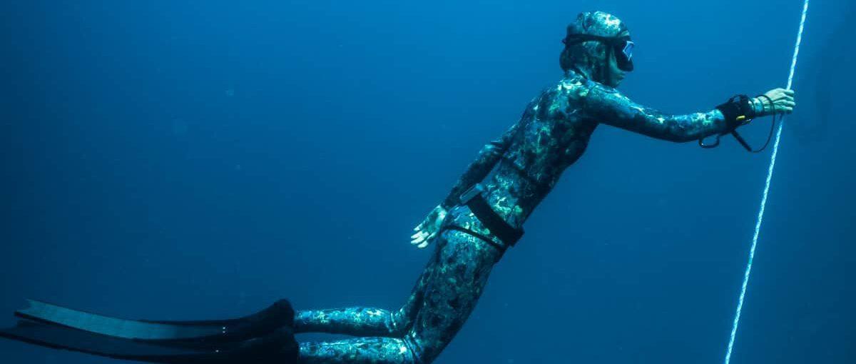 Freediver (AIDA2/SSI Level1/i.a.c.**/Wave1)
